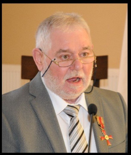 Artur Kary bei der Verleihung des Bundesverdienstkreuzes